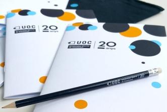 Libreta y lápiz personalizados