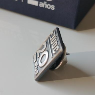 Pin de cobre con baño de plata